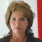 Frau Marion Müller